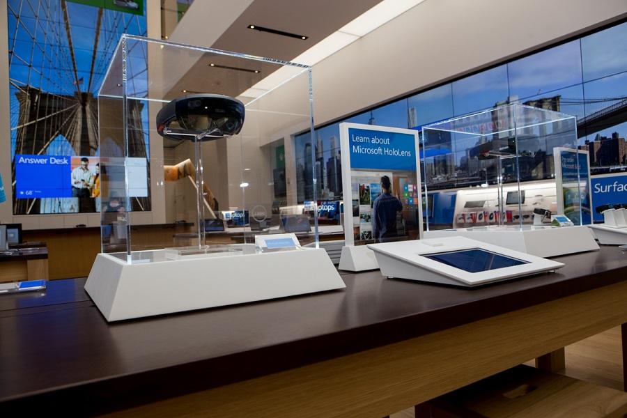 La realidad aumentada HoloLens de Microsoft ya tiene tienda fisica